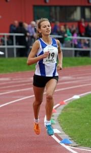 Alex Shipley wins the under 17s 3000m