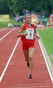 Olivia Mason wins under 15s girls 800m